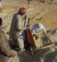 Sieving for artefacts, Jubbah